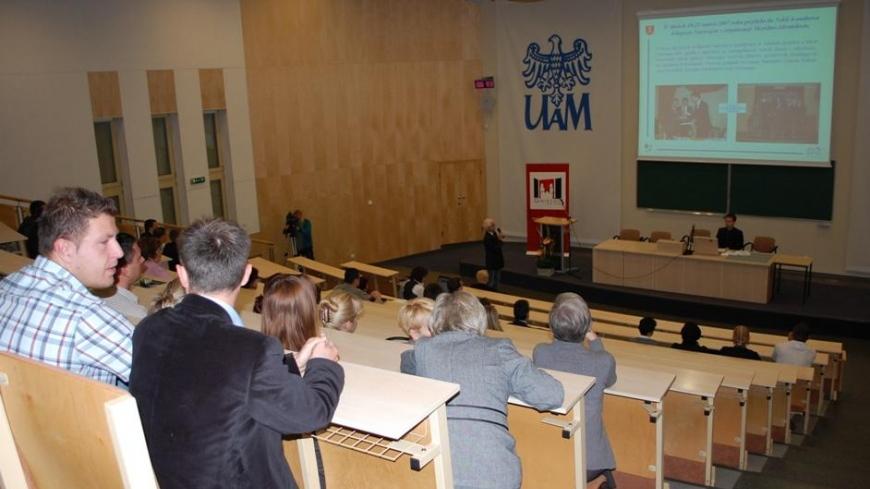 """Prezentacja projektu """"Nekla na start"""" na konferencji w Gnieźnie"""