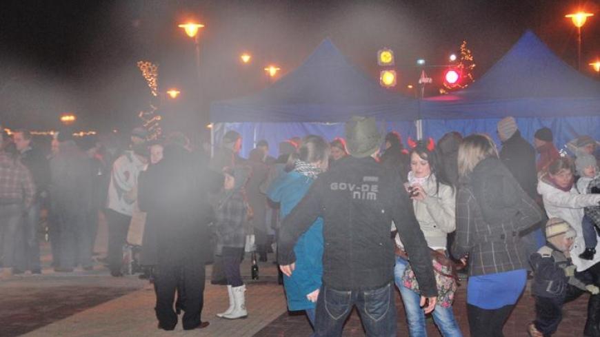 Mieszkańcy Nekli witają rok 2012!
